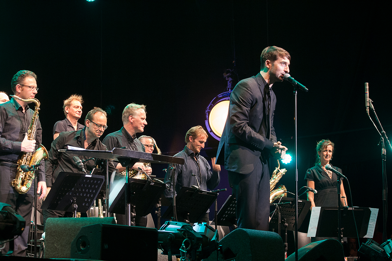 Het metropole orkest met jules buckley deuxbleus for Jules buckley and the heritage orchestra